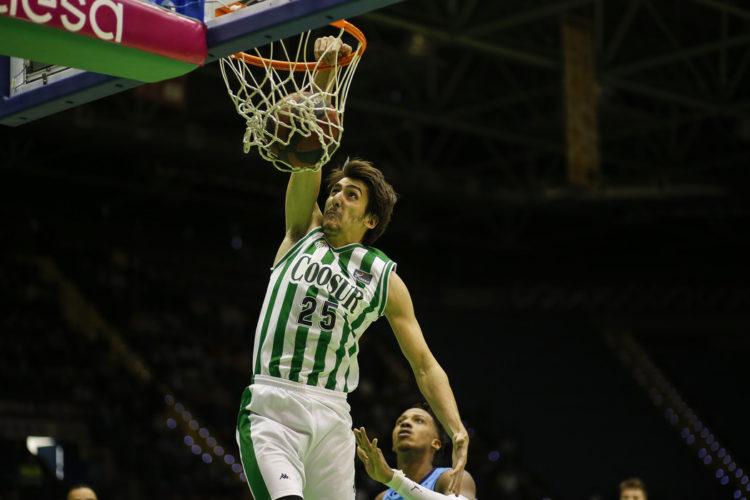 """Kenan Sipahi: """"En büyük hedeflerimden birisi kulübümde kalmak"""" #ACB"""