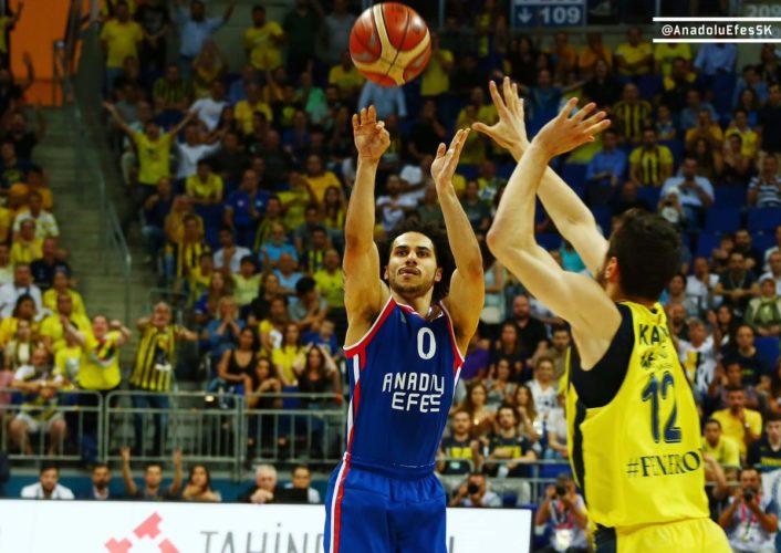 Marko Guduric sırtladı, Fenerbahçe Beko seriyi 3-3'e getirdi: Yedinci maça gidiyoruz!