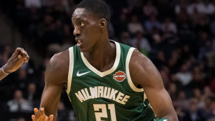Milwaukee Bucks ile Detroit Pistons arasında takas #NBA