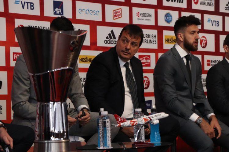 """Ali Koç: """"Ergin Ataman Fair-Play'den bahsedecek en son kişidir"""""""